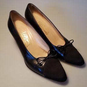 Ferragamo heels size 9
